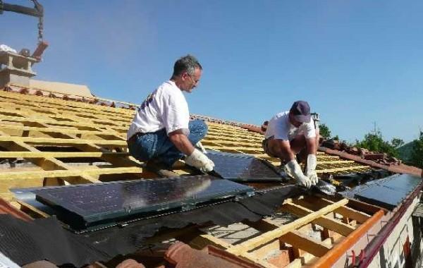 Réfection toiture et pose de tuiles photovoltaïques