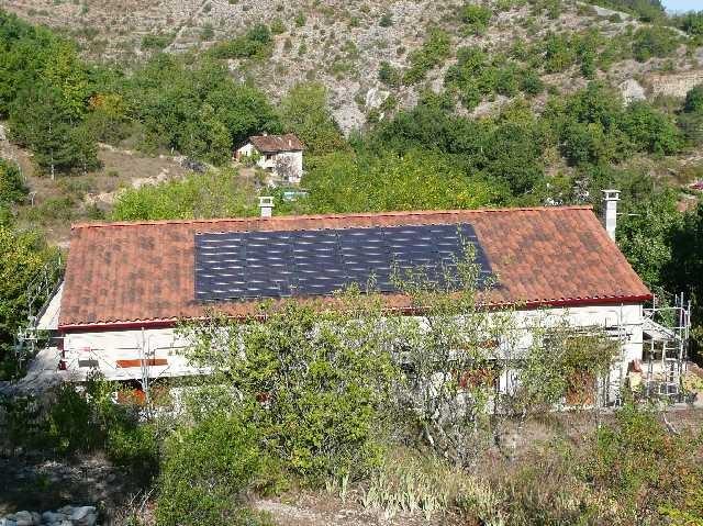 2-tuile photovoltaique 10